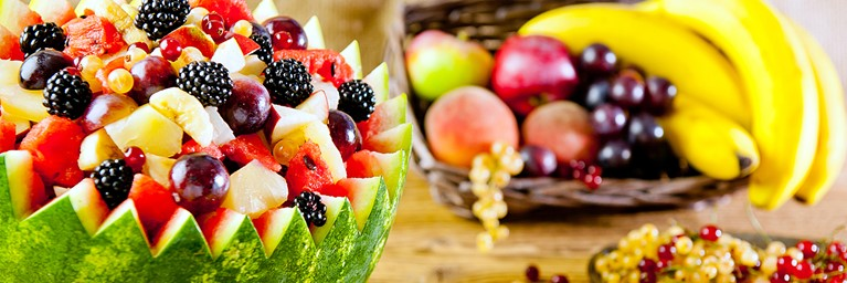 Picnic food for kids: watermelon fruit salad
