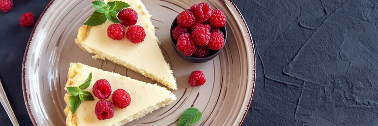Valentine's Day Dessert Cheesecake
