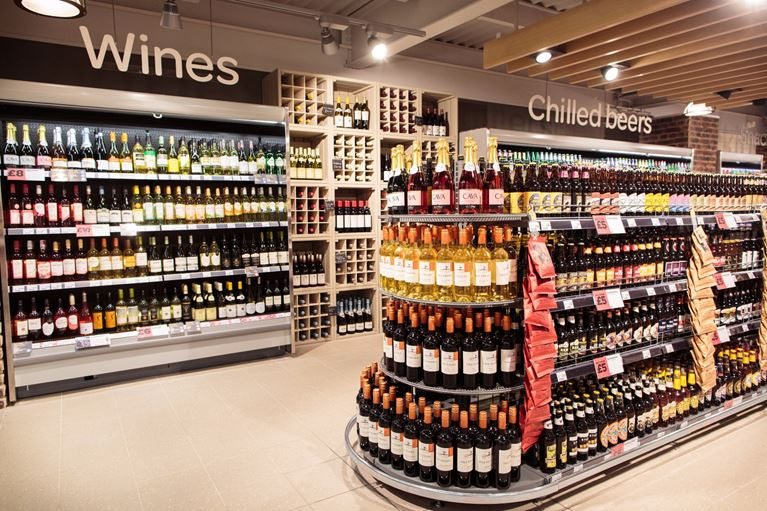 Looking for your nearest off licence? Check out our great range of Alcohol at SPAR