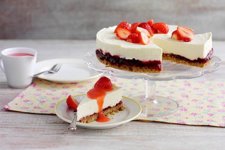 Strawberry and Vanilla Cheesecake